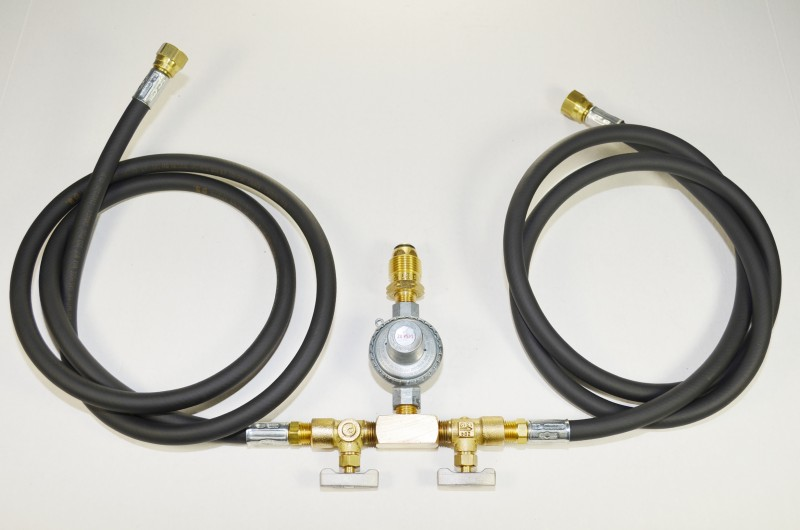 COM4-D High Pressure Regulator with Two Hoses